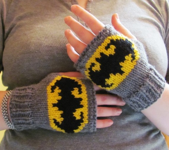 Someone had to tell me there were Batman knit fingerless gloves in this picture. Still hard for me to see the gloves.