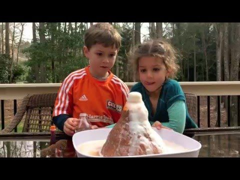 Éruption volcanique! - Les expériences de Thomas - YouTube