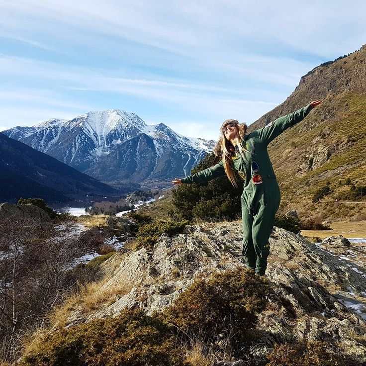 @elimelero explores the Mountains Pyreenes with her Aviator #France #Pyreenes #Jumpsuit #Onepiecenorway #Mountains