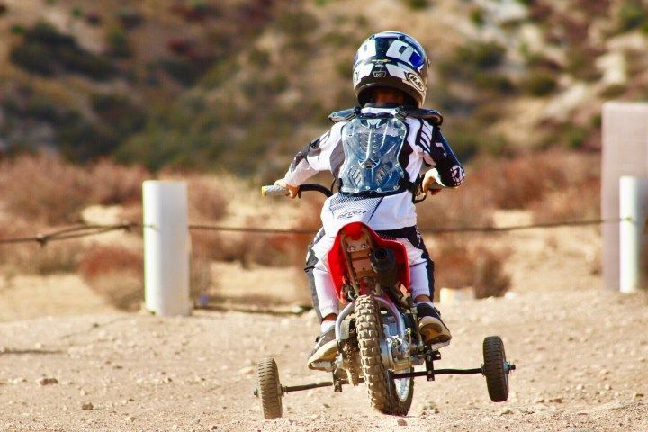 When Is A Good Age To Introduce Kids To Ride Dirt Bikes Bike