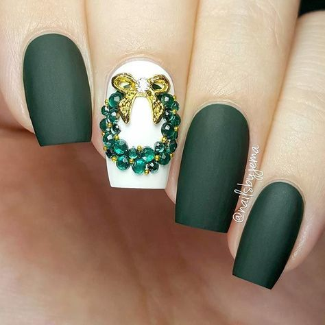 Holiday nails are not to neglect when the season comes. It is so strange how something so small can influence something as great as holiday spirit!