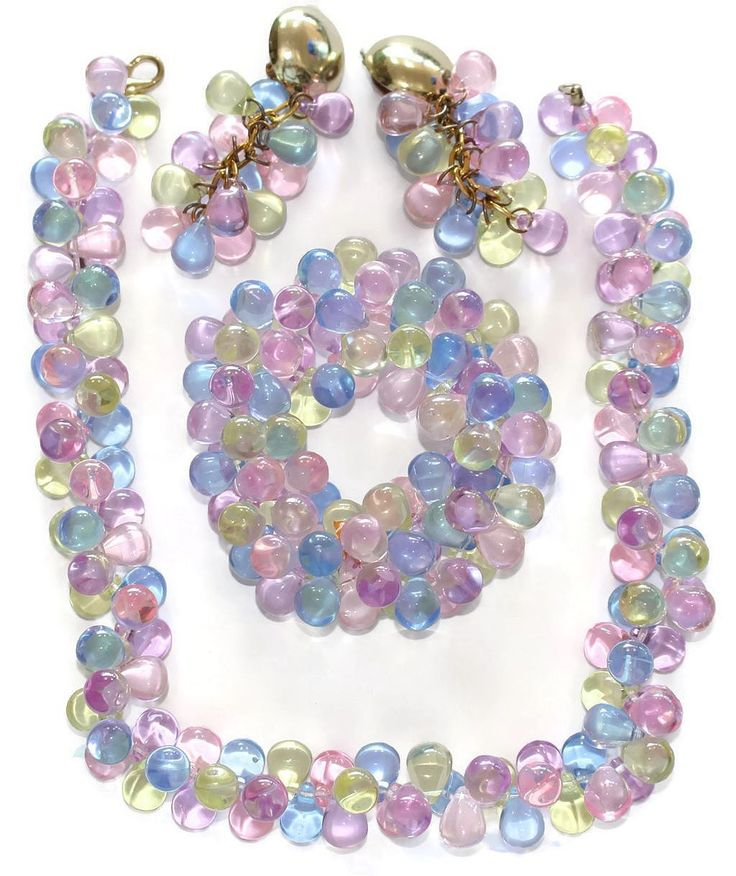 #2928 Pastel TearDrop Lucite Bracelet Necklace Earrings Set Exclusively at Lee Caplan Vintage Collection on RubyLane