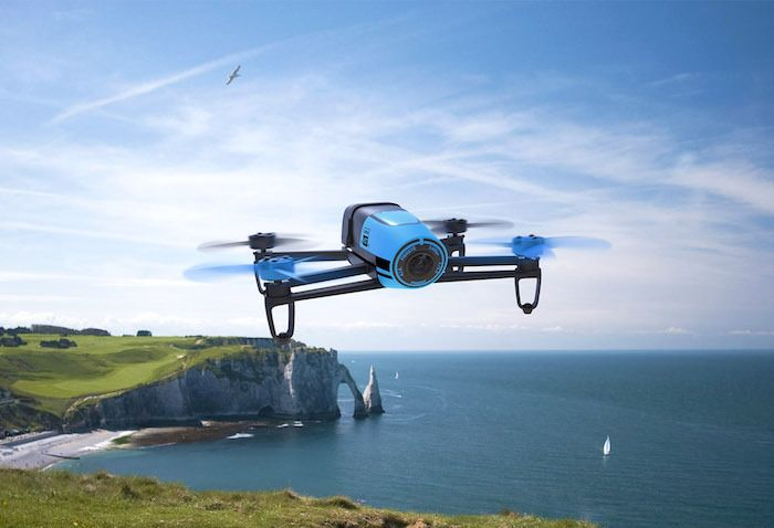 Land or Air – Which Is the Best Drone to Buy For Somebody This Christmas?