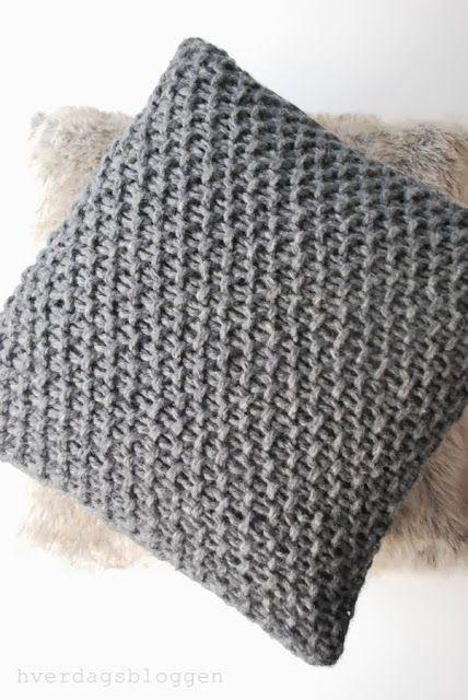 Cojin tejido con punto de arroz con doble hilo costura pinterest tejido y bricolaje - Hacer cojines de punto ...