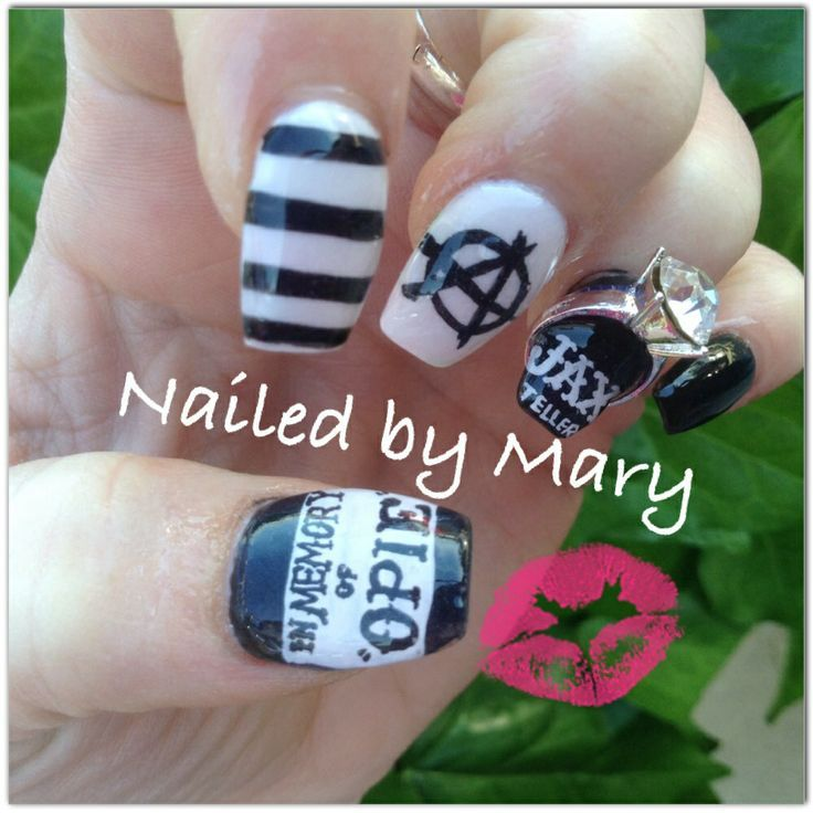 100 best sons of anarchy Nail Art images on Pinterest ...
