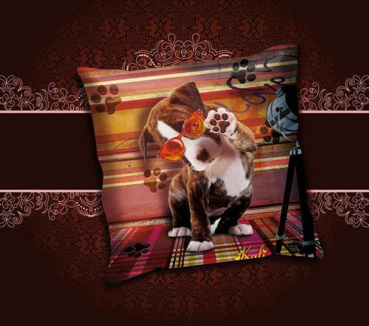 """Coussin """" Sous les feux des projecteurs """" kali-créatrice-original création unique : Textiles et tapis par kali-creatrice-original"""