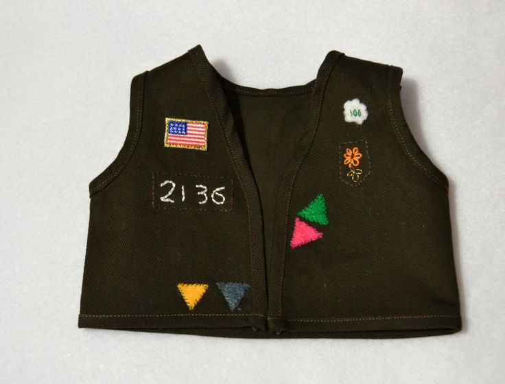 Bear, Dolly and Moi: doll brownie vest