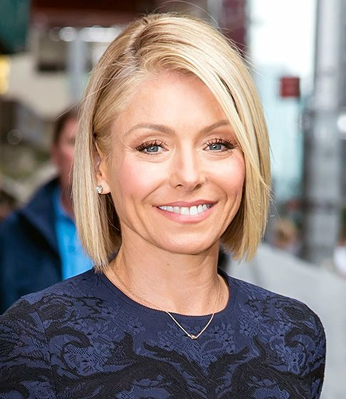 Kelly Ripa - Busy moms like Kelly Ripa need not worry about the maintenance involved when it comes to styling a sleek bob. Blow dry it and flat-iron the ends when it time to go out, or use a diffuser to create a natural wave.