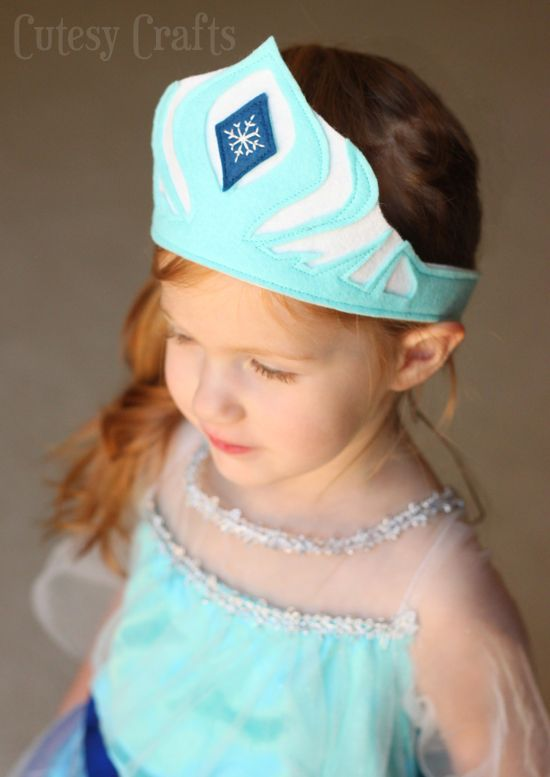 DIY felt Elsa crown with free template!
