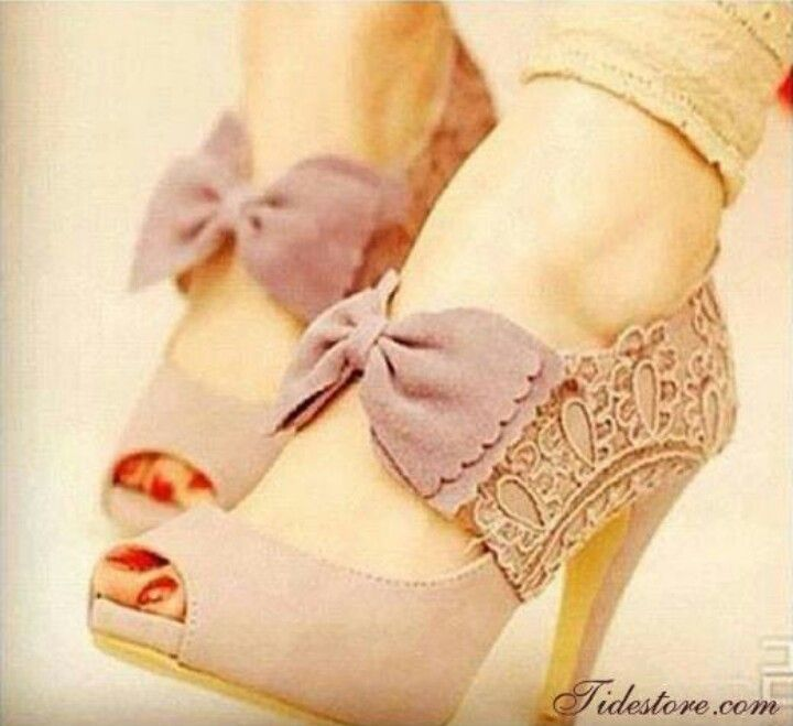the shoes i made for my mom mother of the bride :) | Me