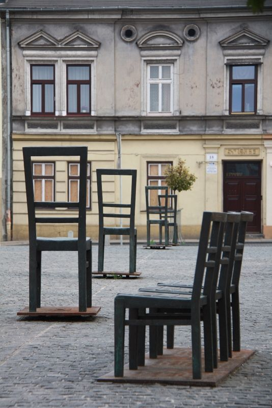 Square of the Heroes of the Ghetto - Symbolic Chairs - Krakow