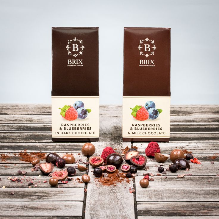 Crispy raspberries & blueberries in the finest Belgian chocolate. Dark or milk chocolate.  #freeze #dried #raspberry #blueberry #callebaut #luxury #delicious #chocolate #tasteisloveit #brixgrownforflavour #brixproducts