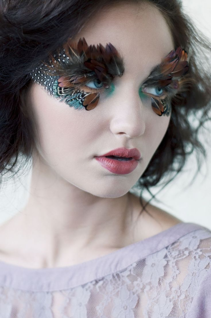 Sparkle shine glitter hair and makeup feathers shimmer - Raquel Makes Faces Makeup Feathers Bird