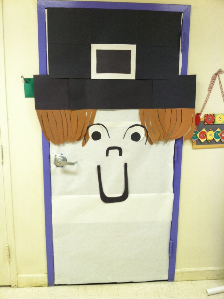 Pilgrim school door decor for thanksgiving bulletin