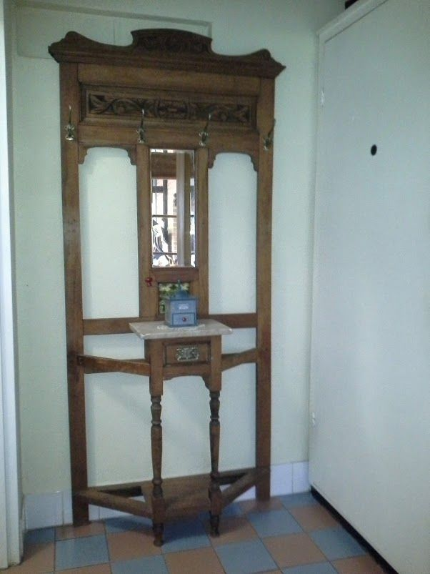 19th century hallways stand, this one has a marble top featured http://beauforthouse.com.au/antique-auction/