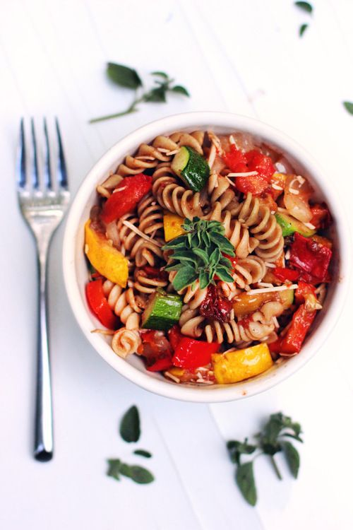 Italian Roasted Vegetable Pasta Salad (with homemade balsamic dressing)