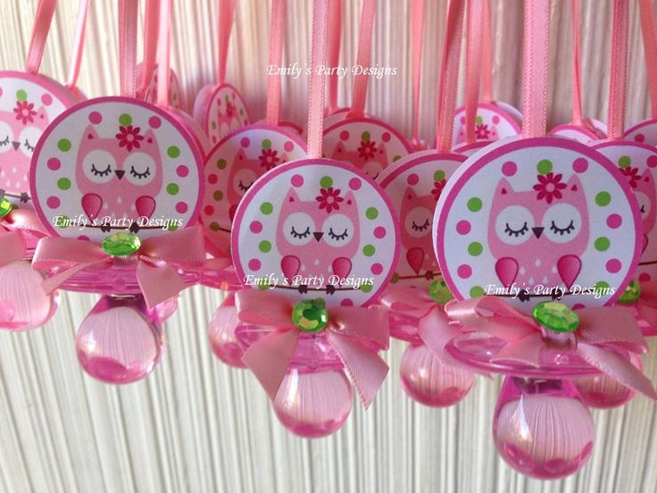 This Beautiful Owl Pacifier Necklace Are A Fancy Way To Present Favors For  Your Baby Shower