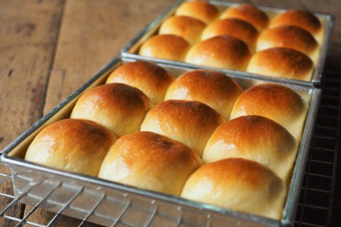 Gluten Free Rolls Recipe Fluffy Buttery Dinner Rolls Z Living Recipe Gluten Free Rolls Gluten Free Buns Dinner Rolls