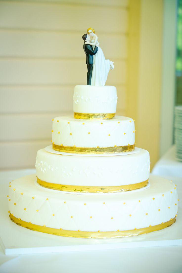 Hochzeitstorte weiß - gold