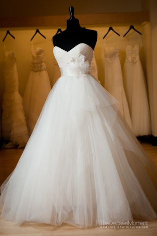 elegant and whimsy sweetheart style wedding dress #hearts #wedding