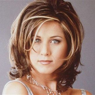 "Jennifer Aniston Reveals Why She Hated ""The Rachel"" Haircut - Friends"