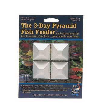 Weekend Pyramid Fish Feeder (12pc)