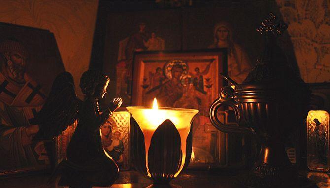 Cea mai mare iubire o arată cineva când se roagă pentru aproapele său cu toată inima - Părintele Efrem Filotheitul   La Taifas