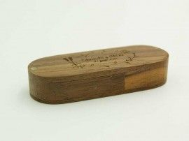 Swivel wooden custom usb drive for weddings