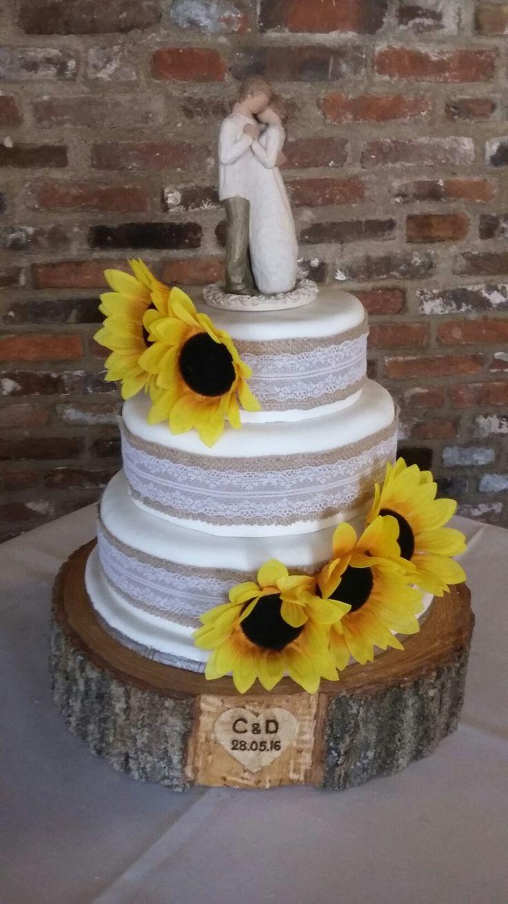 Sunflowers wedding cake x