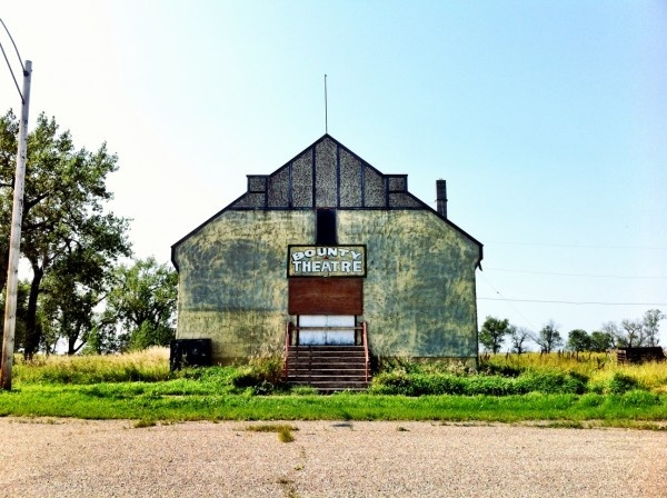 Ghost Town, Saskatchewan: Photos of a Creepy Sasktchewan Ghost Town.