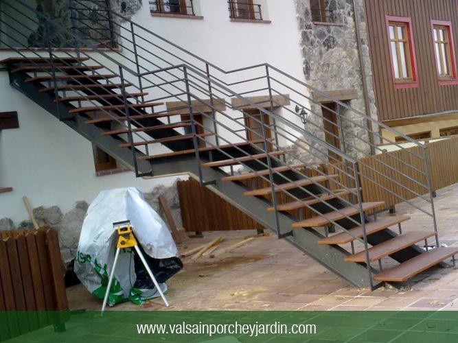 17 mejores im genes sobre escaleras de hierro forjado en for Escalera exterior de hierro