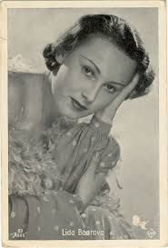 """Lida Baarova, lover of Josef Goebels, in his autobiography, titled """"The sweet bitterness of my life"""", which will be published posthumously in Germany next month, Lída Baarová recounts life in the upper Nazi echelons. In the book, the Czech actress, died alone and in poverty last November at the age of 86, reveals that the wife of Goebbels, Magda, suggested a love triangle to save her marriage, but Hitler ordered to put an end to this scandalous relationship."""