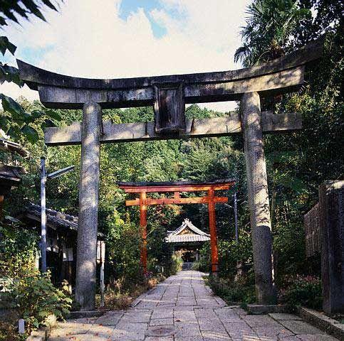 Japońskie Torii - geneza i architektura