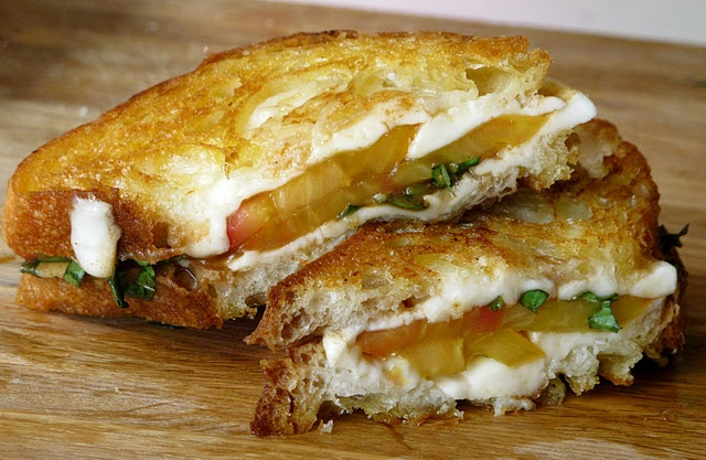Caprese grilled cheese. | Gourmet Grilled Cheese | Pinterest