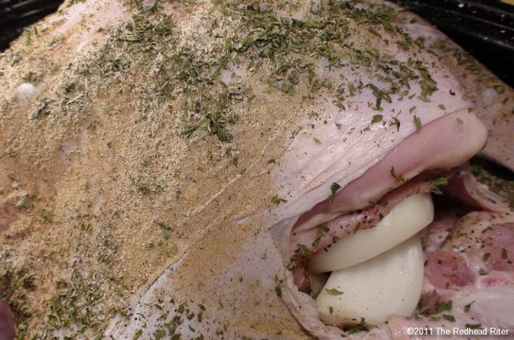 How To Cook A Turkey – Moist, Fall Off The Bone Baked Turkey