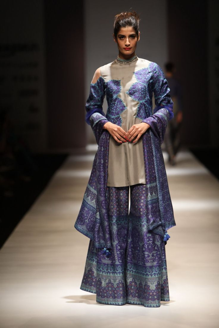 Best Looks By Ashima Leena At Amazon India Fashion Week Autumn/Winter 2017