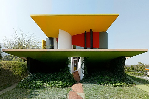 The Memphis Group Inspired Architecture Colour