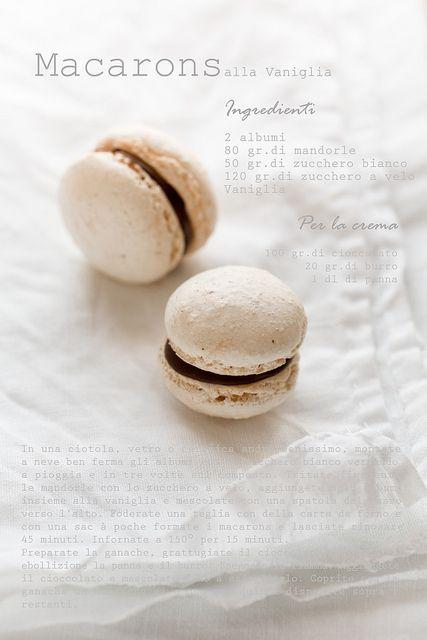 Macarons alla vaniglia by marifra mentaeliquirizia, via Flickr