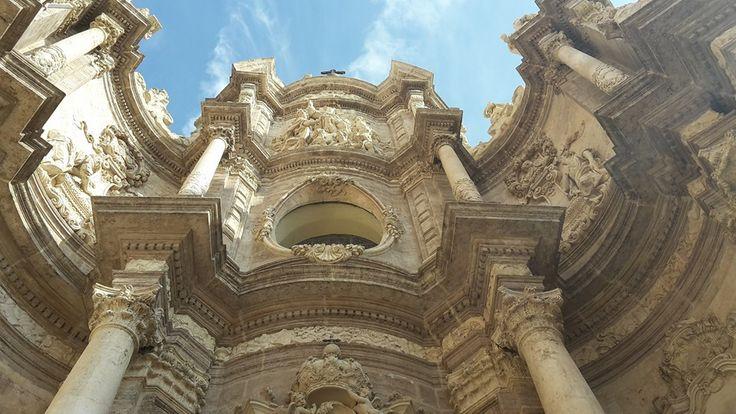 Valencia. Spain. Ricordi di un viaggio. Atmosfere barocche che ti riportano a casa, tutto questo nel cuore storico e pulsante della cittadina spagnola. Scatto FG.