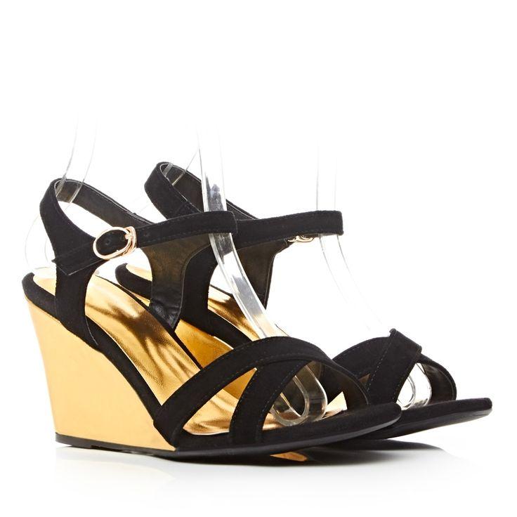 36.04$  Watch here - https://alitems.com/g/1e8d114494b01f4c715516525dc3e8/?i=5&ulp=https%3A%2F%2Fwww.aliexpress.com%2Fitem%2FLeisure-Solid-Nubuck-Leather-Buckle-wedges-rome-shoes-Pop-stars-same-design-latest-2016-Tassel-fashion%2F1000001841019.html - Leisure Solid Nubuck Leather Buckle wedges rome shoes Pop stars same design latest 2016 Tassel fashion women sandals  Lady shoes 36.04$