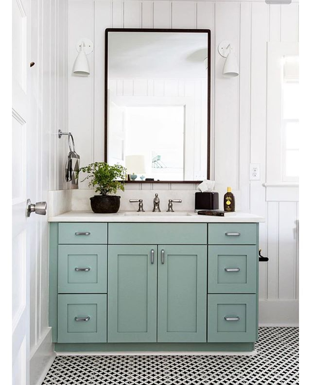 Best 25 blue green bathrooms ideas on pinterest blue for Blue green bathroom ideas