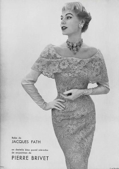 1950s fashion: lace pencil skirt wiggle dress.Jacques Fath - 1957