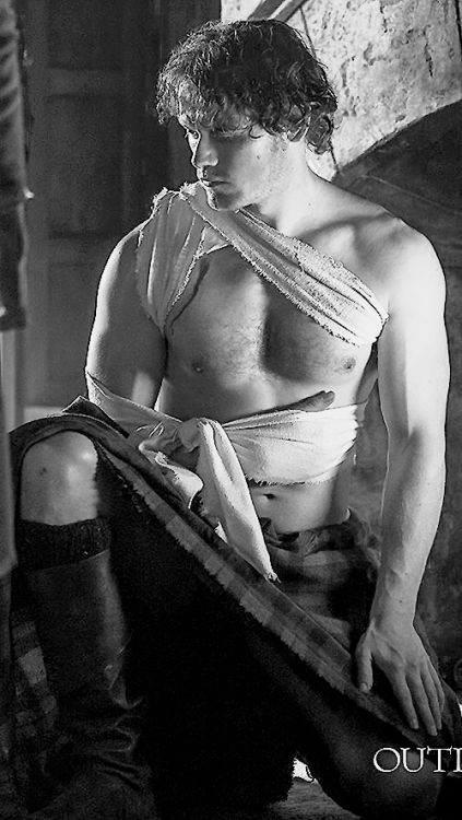 Wow.... seriously had doubts anyone would ever compare to the Jaime, yes James Alexander Malcolm MacKenzie Fraser that I had in my head... have never been more pleased to be wrong.