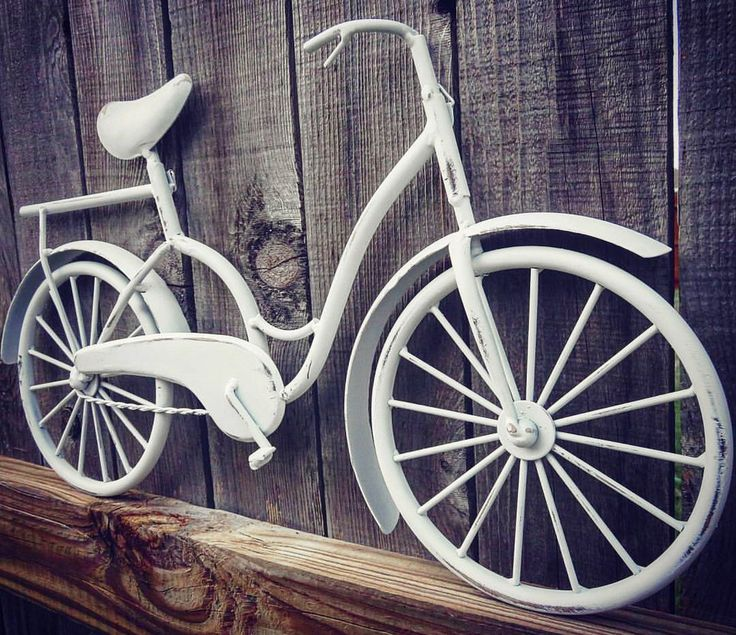 Bicycle Wall Art , Wall Decor , Beach Decor , Coastal Decor , Beach Bike , Bicycle Decor , Bike Art , Metal Wall Hanging , Housewarming Gift by SouthTexasHomeDecor on Etsy https://www.etsy.com/listing/468340301/bicycle-wall-art-wall-decor-beach-decor