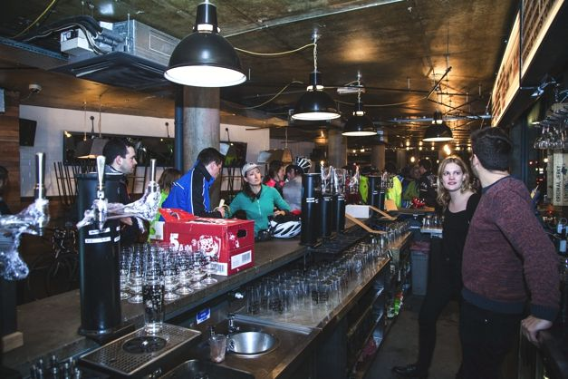 22 best top 5 places images on pinterest drink bar food for Best craft beer club