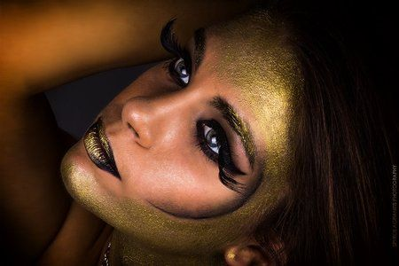 Queen of the damned https://www.makeupbee.com/look.php?look_id=91103