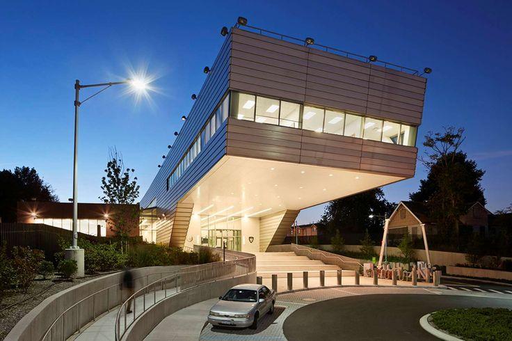 121ST POLICE PRECINCT STATION HOUSE BY RAFAEL VIÑOLY ARCHITECTS