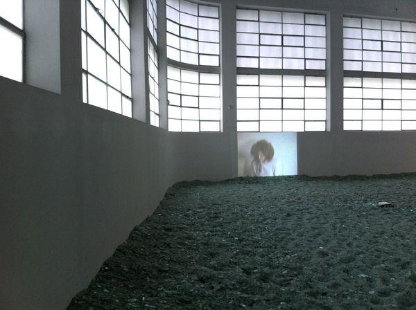 #Toriniadi - #Fondazione #Merz. Staffetta tra #fiere, #mostre, #presentazioni e #performances. #Immagini e commenti a caldo da #artisti, curatori e visitatori più o meno addentro, che a #Torino si passano il testimone... #Immagine: #Alfredo #Jaar presso #Fondazione #Merz. #Foto di #Alice #Pedroletti