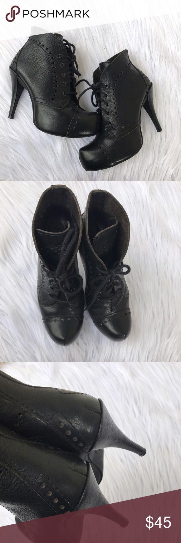 PEDRO GARCIA SZ 8 BOOTIES LEATHER SHOES HEELS CUTE Cute heels by Pedro Garcia Pedro Garcia Shoes