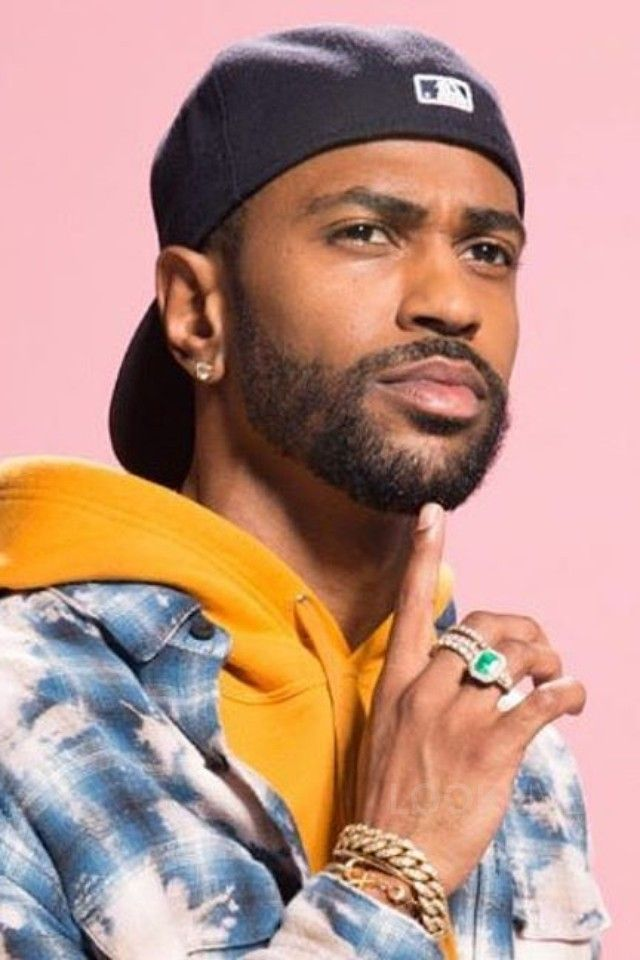 Big Sean wearing  Urban Outfitters Bleached Shadow Plaid Flannel Button-Down Shirt, New Era Authentic Collection 59FIFTY